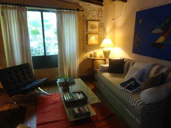 Colonia Suite Apartments: Ante sala da suíte