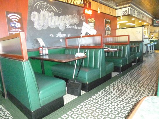 Wingers: Winger's Dining Room