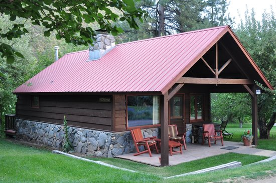 Orchard Canyon on Oak Creek : Cabin G