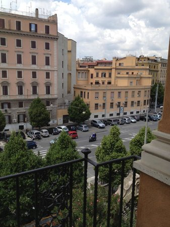 Palma Residence: Viale castro Pretorio as seen from the balcony