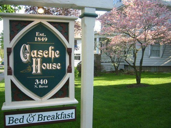 The Gasche House Bed and Breakfast: Gasche House sign