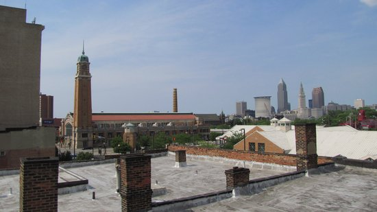 The Cleveland Hostel: Downtown Cleveland as seen from rooftop patio