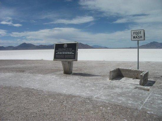 Bonneville Salt Flats Beach Welcome Sign