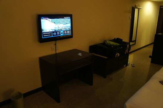 Bayview Hotel Langkawi: Flat screen TV