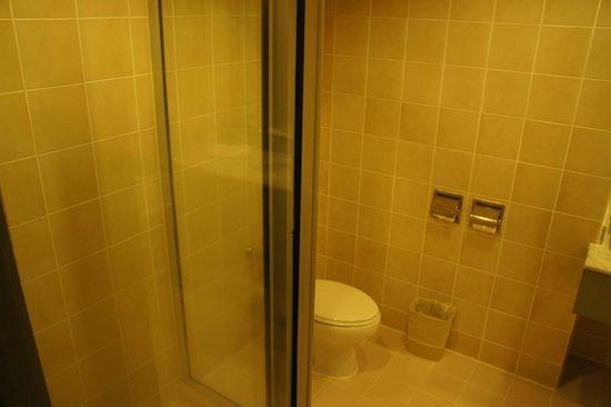 โรงแรมเบย์วิว: Bathroom