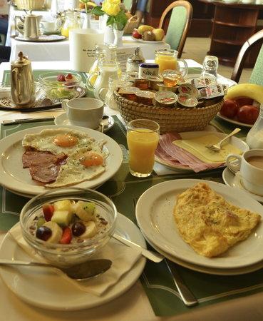 Breakfast at Hotel Brack