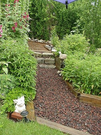 Patty Kerr LLC B&B And Massage: Garden