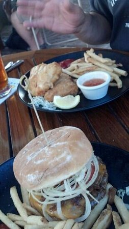 My classic Burger & Fish n chips made with Mahi