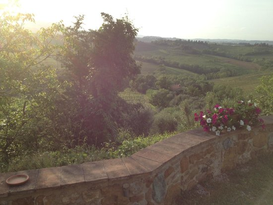 Agriturismo Santa Croce: Panorama dall'Agriturismo