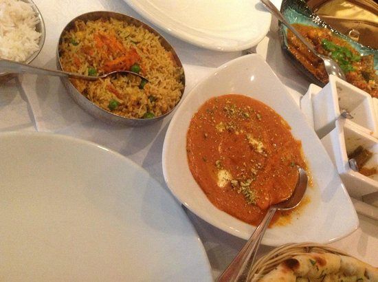 Indian City: Chicken Tikka Masala and Special Fried Rice