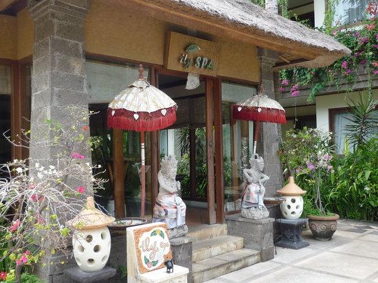 The Grand Bali Nusa Dua: 中庭にあるスパの受付