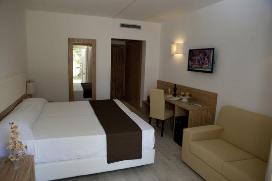 Valtur Simeri (Italy/Simeri Crichi, Calabria) - Resort ...