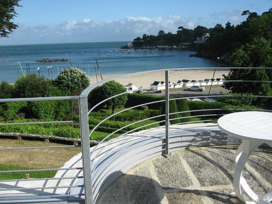 Manoir Dalmore: vue  terrasse