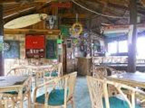 Bamboo Garden Bar and Lodging: Bamboo Bar