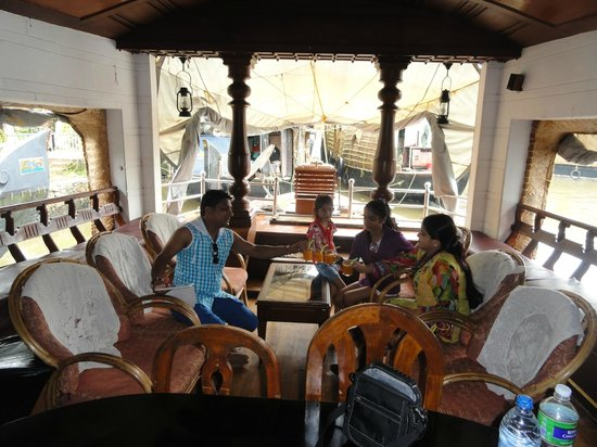 Kerala Backwaters: Houseboat Interior Part 29