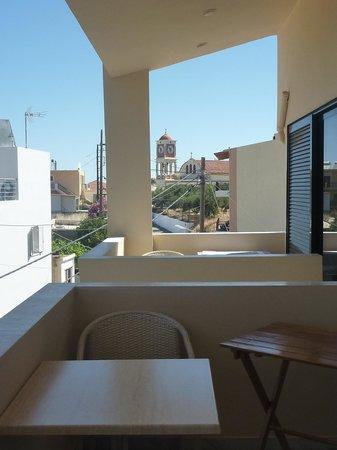 Hotel Orestis: Back balcony
