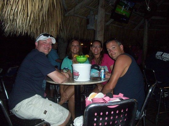 The Islander Grill & Tiki Bar: iowa gang