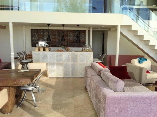 Villa Beige: бар