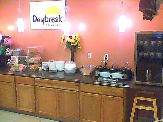 Days Inn Imlay City : Our  Free Continental Daybreak Breakfast