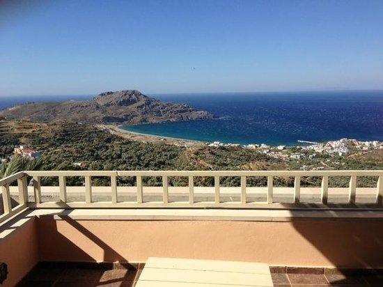 Stefanos Village Hotel: vue  sur plakias