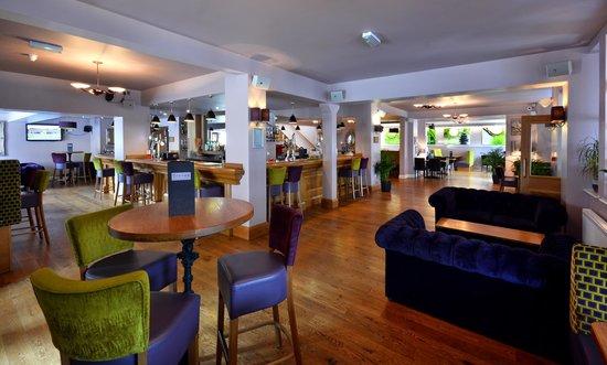 Stones Hotel, Bar and Restaurant : Bar/Lounge