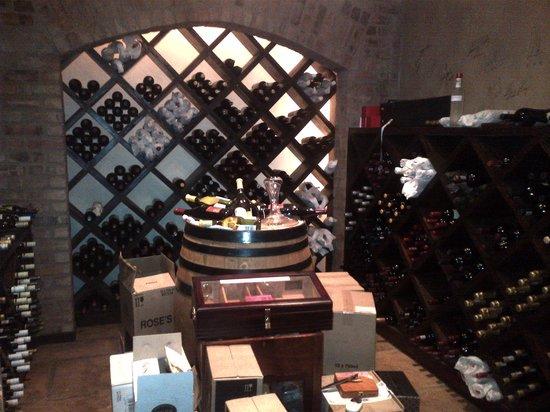 Hamilton's Restaurant: Extensive Wine List