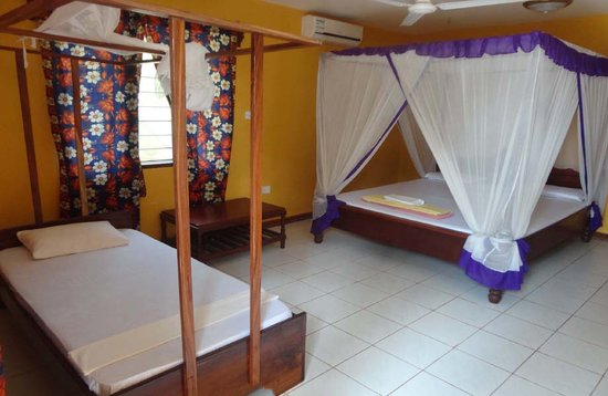Kitete Beach Bungalows: Rooms