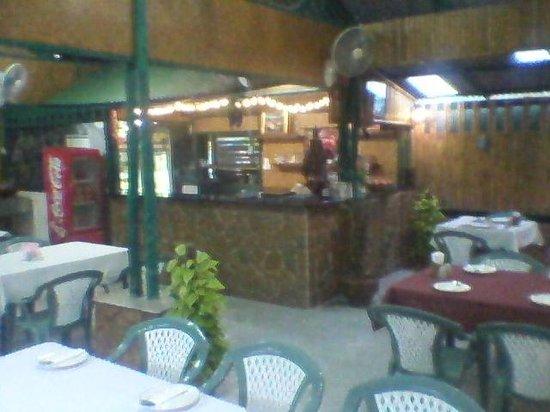 Yuvraj Indian & Thai Restaurant : 5