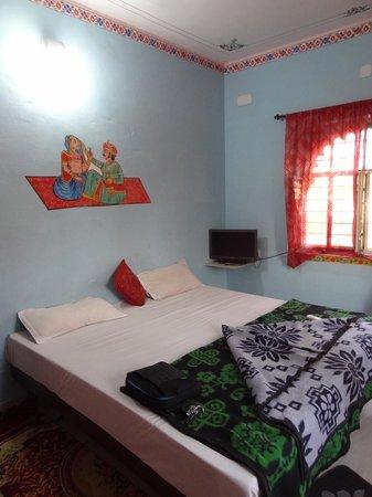 Hotel Hanuman Ghat : Double room