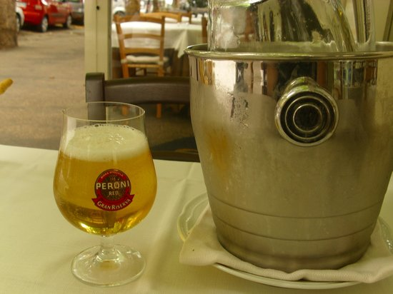 Celestina ai Parioli: Right wat to keep beer chilled