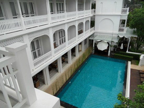 Ping Nakara Boutique Hotel & Spa : Swimming pool from the top floor