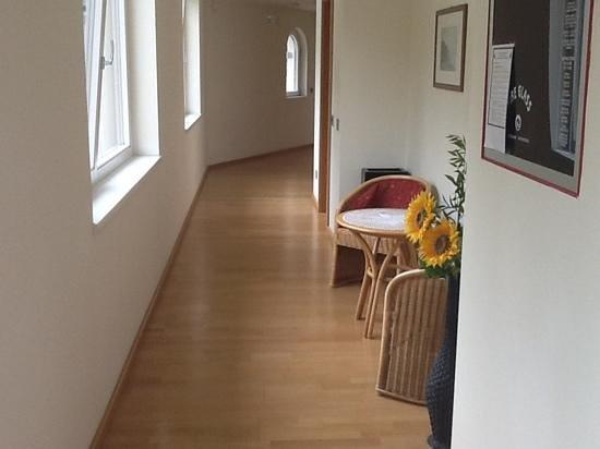 Hotel Val di Sogno: Hallway