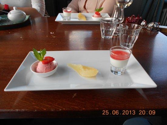 Cafe Restaurant de Hinde: lekker dessertje