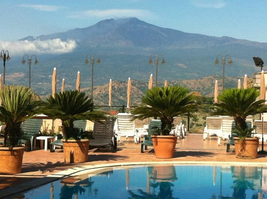 Hotel Villa Sonia : View from the pool area
