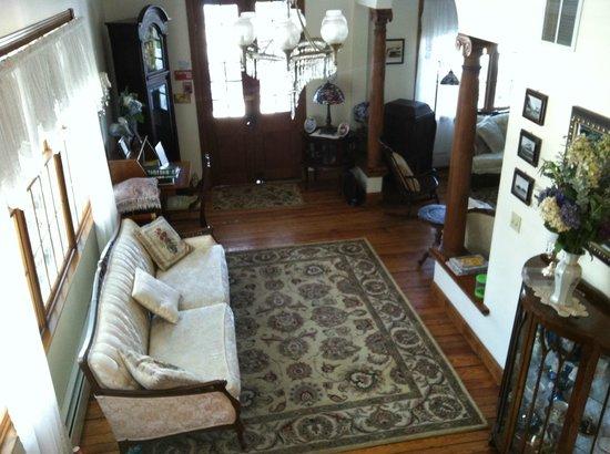 Hydrangea House : Foyer