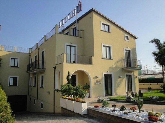 Hotel Visagi: Veduta Esterna dell'Hotel