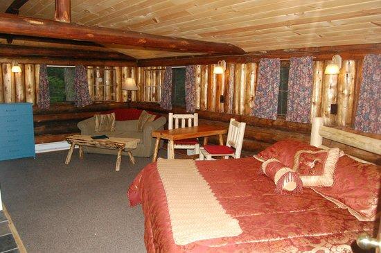 Rustic Log Cabins : Cabin 2