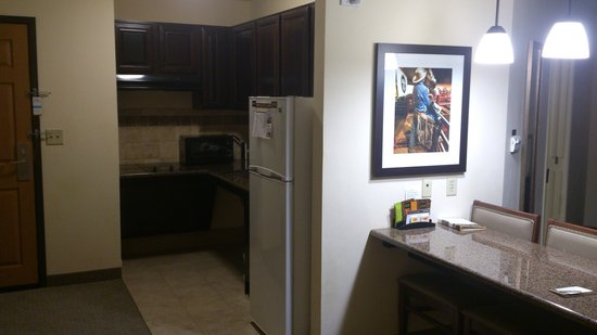 Staybridge Suites West Fort Worth : Kitchen Angle