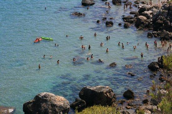 Don Pedro: Mare davanti alla spiaggia privata