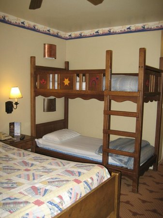Cheyenne Room Bunk Beds Picture Of Disney S Hotel Cheyenne