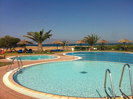 Plaza Beach Hotel: Piscine