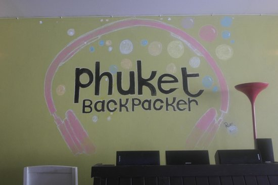 Phuket Backpacker: Reception area