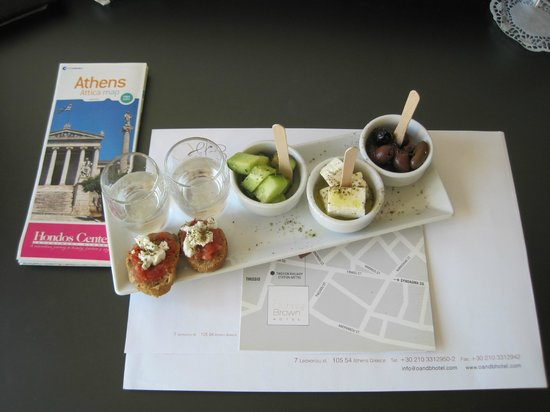 O&B Athens Boutique Hotel: yummy welcome snack