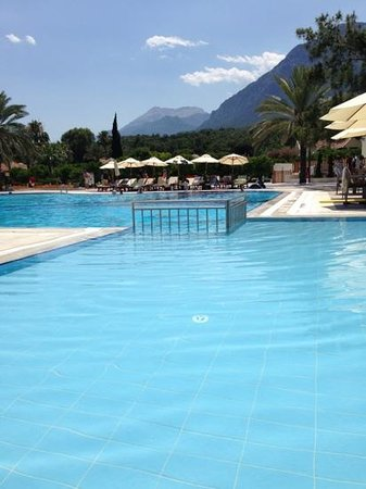 Club Med Kemer: Club Med, Palmiye. the villagio pool.