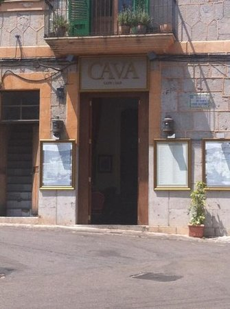 Cava Cafe Bar