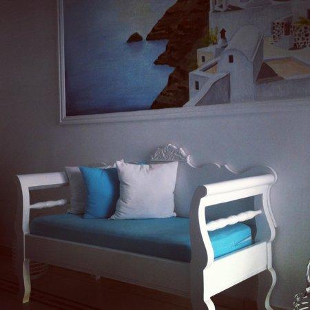 Evgenia Villas & Suites: Outside area