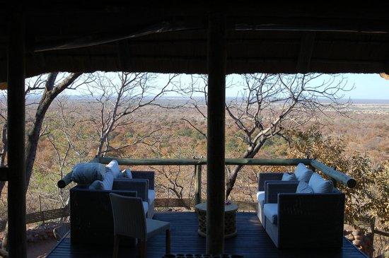 Ghoha Hills Savuti : terrasse avec vue