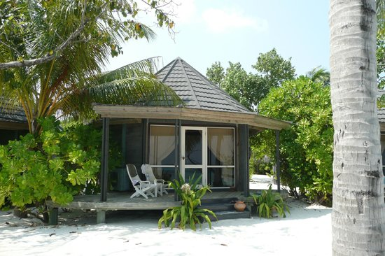 Kuredu Island Resort & Spa: bungalow jacuzzi