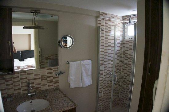Rezidans La Vue: Bath
