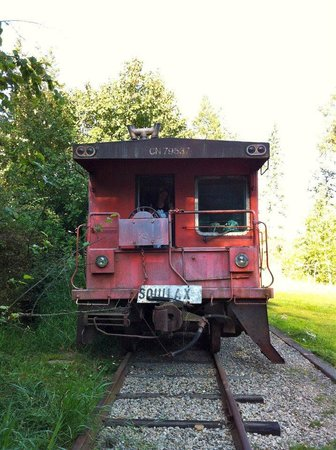 HI-Shuswap Lake Hostel: Waggon